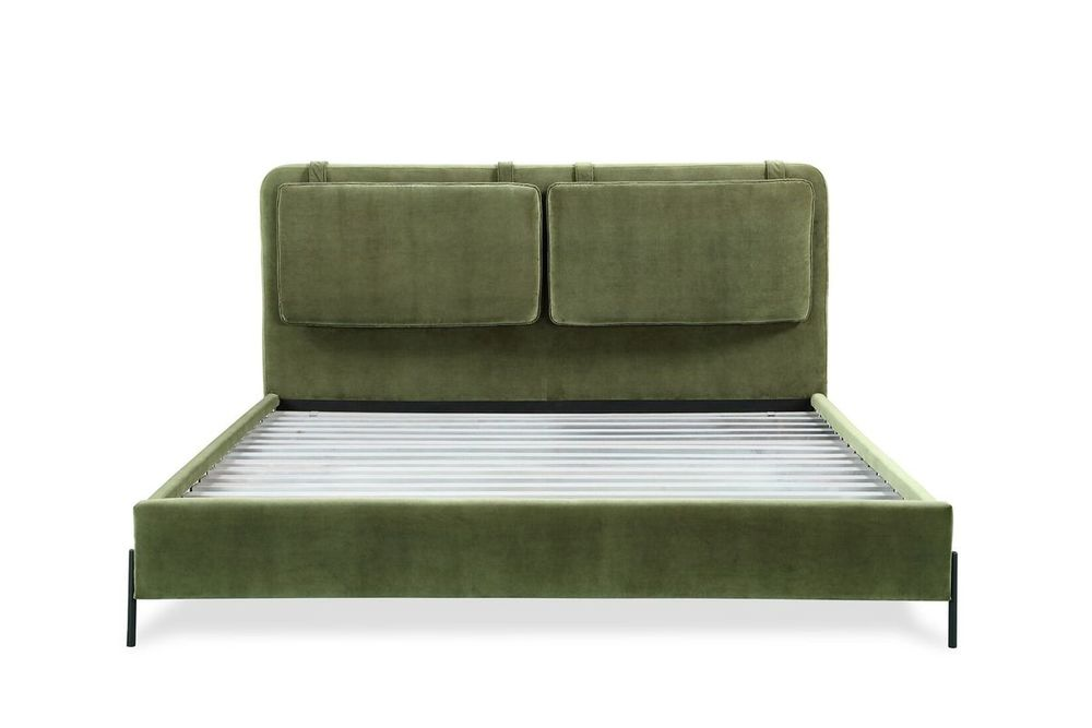 A.R.T. Furniture - Kirkeby Queen Upholstered Bed