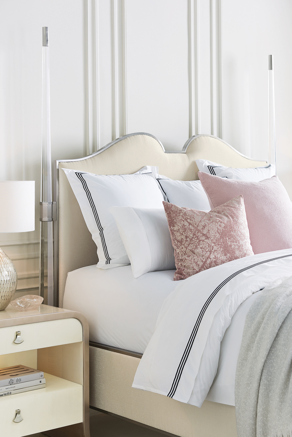 Caracole - The Post is Clear King Bed