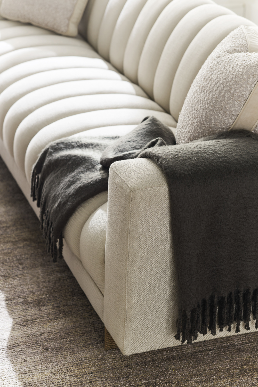 Caracole - The Well-Balanced Sofa