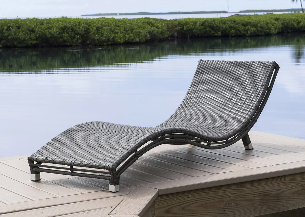 Pelican Reef - Curve Chaise Lounge