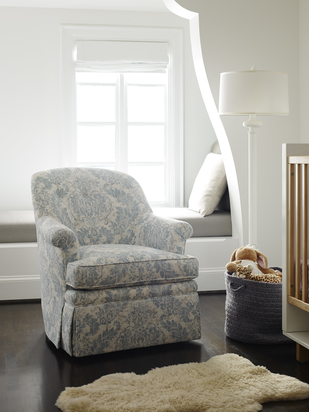 Jessica Charles - Lori Swivel Chair