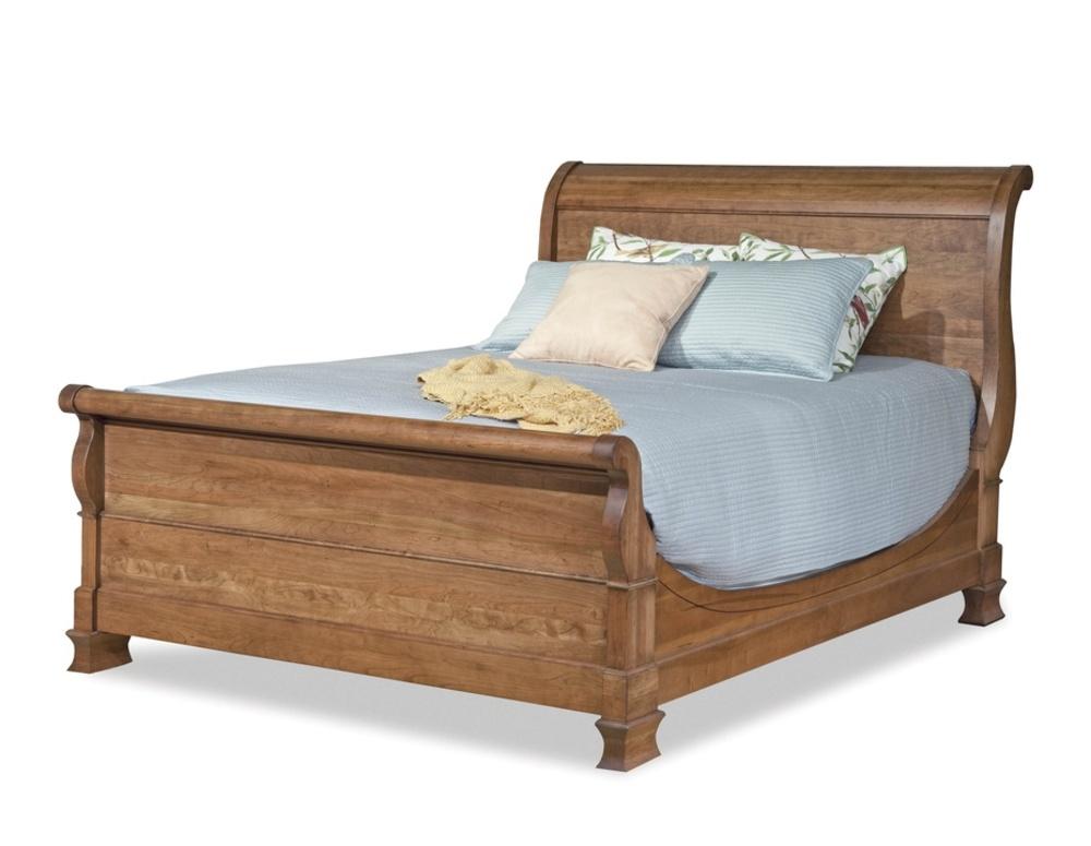 Durham Furniture - Master Sleigh Bed, Queen