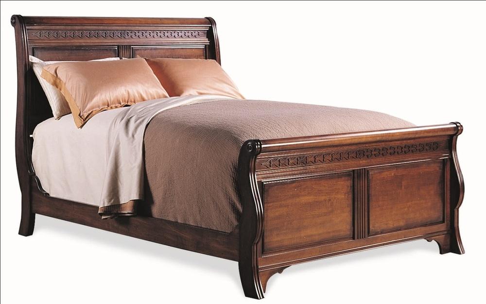 Durham Furniture - Sleigh Bed, Queen