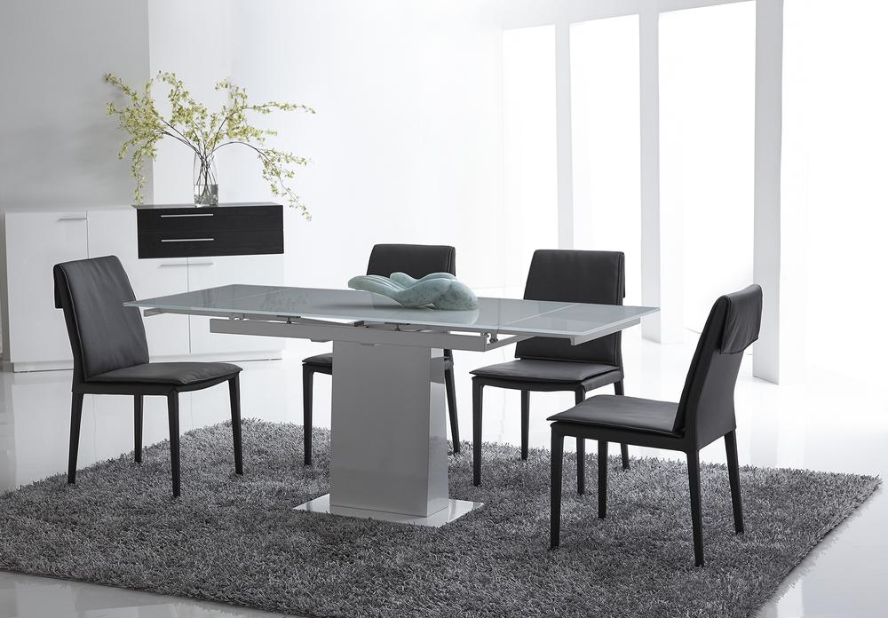 Bellini Modern Living - Bonn Dining Table