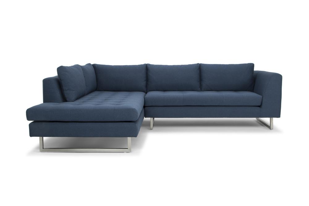 Nuevo - Janis Sectional Sofa