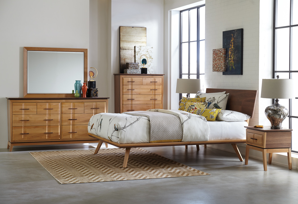 Whittier Wood Furniture - Rectangular Mirror