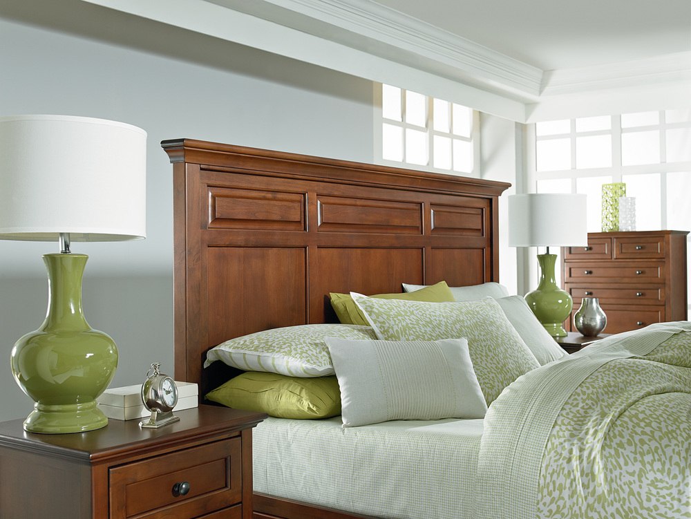 Whittier Wood Furniture - McKenzie Mantel Storage Bed