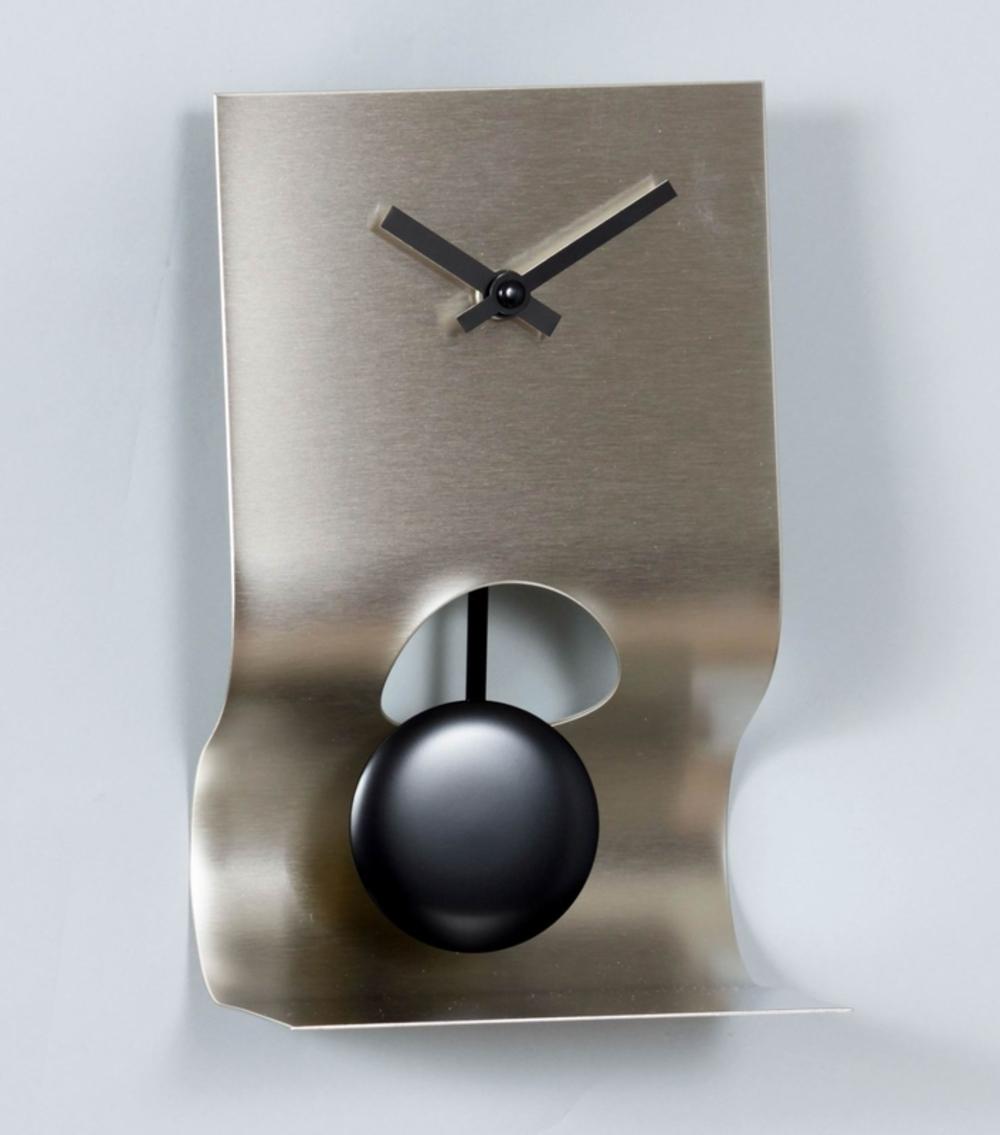 Control Brand - Victor Clock