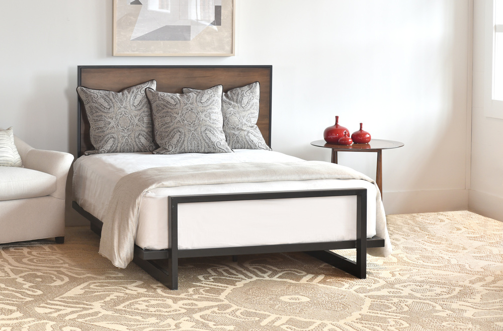 Charleston Forge - Wilkes Platform Bed