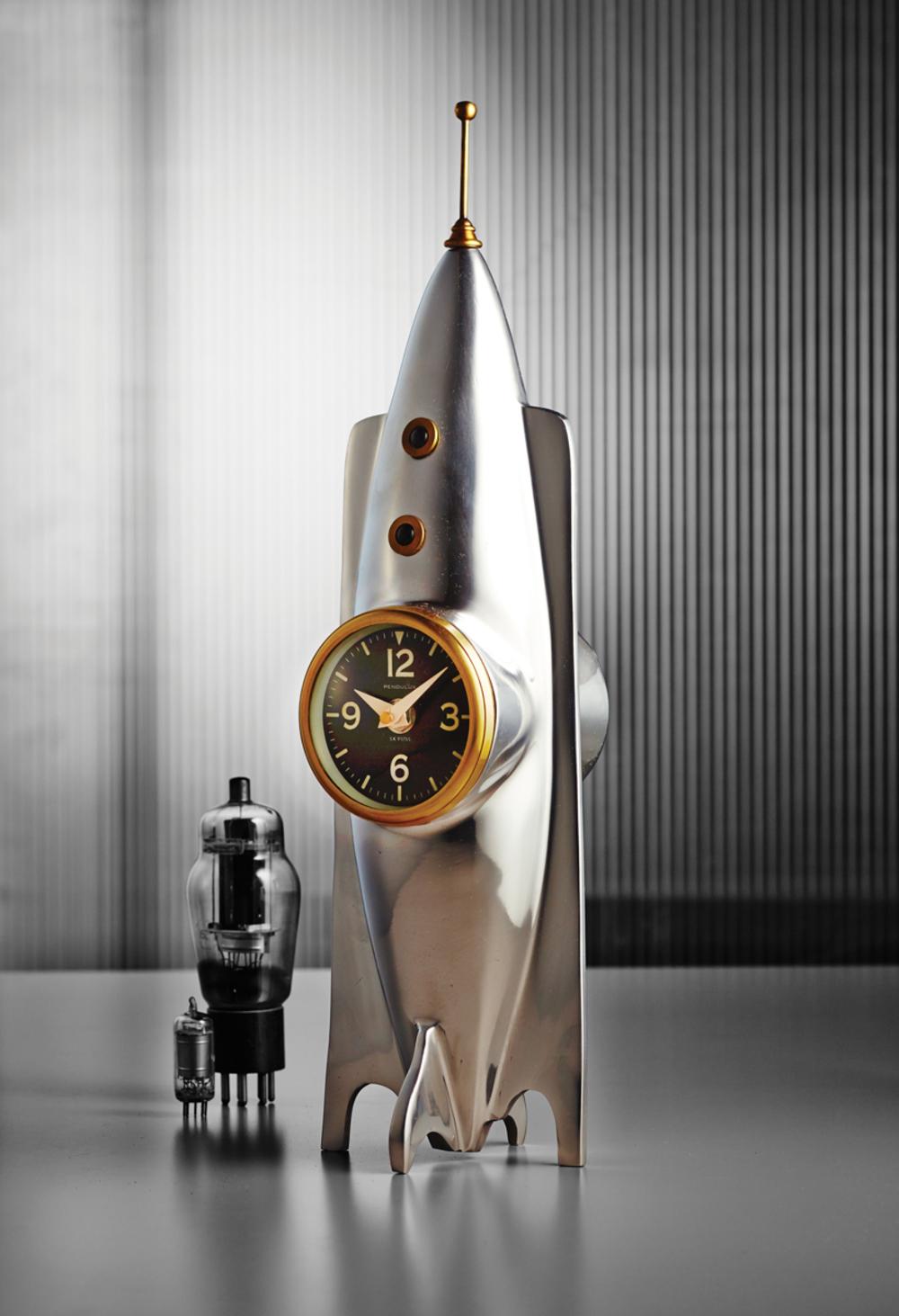 Pendulux - Rocket Table Clock