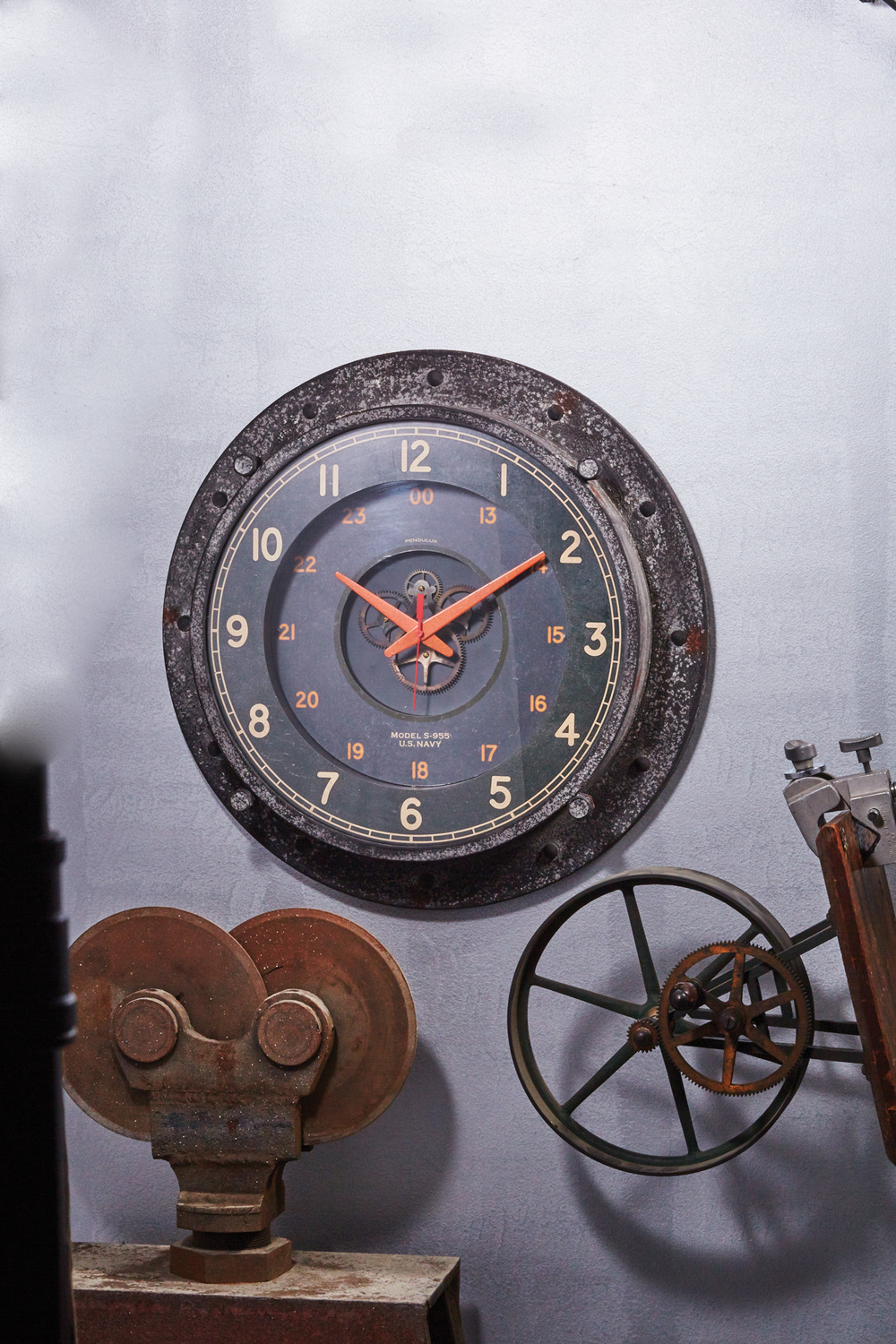 Pendulux - Control Room Wall Clock
