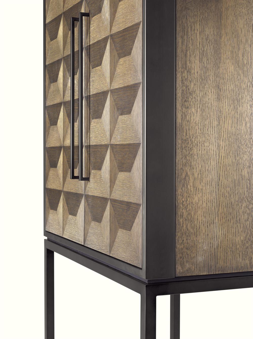 Eichholtz - Wine Cabinet