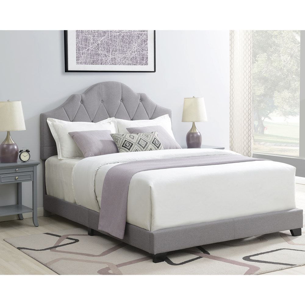 Accentrics Home - Queen One Box Saddle Back Bed