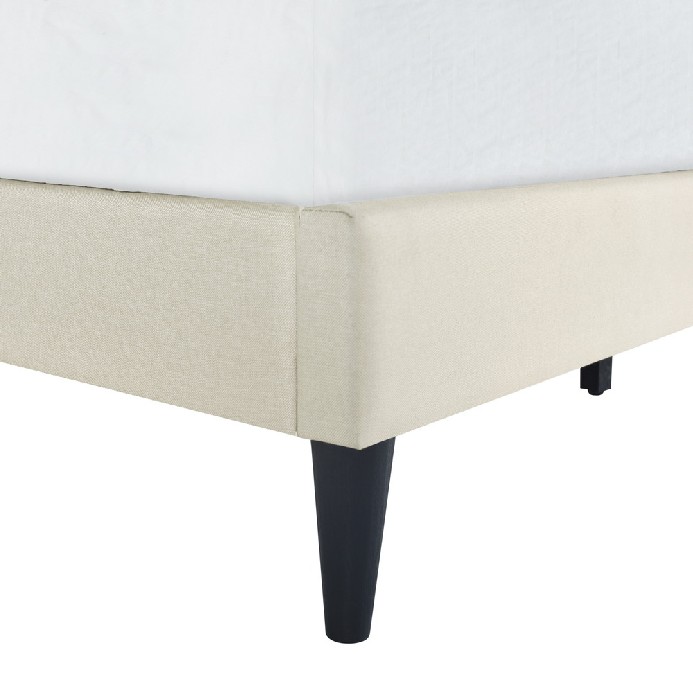 Accentrics Home - Queen Arched Nail Trim Platform Bed