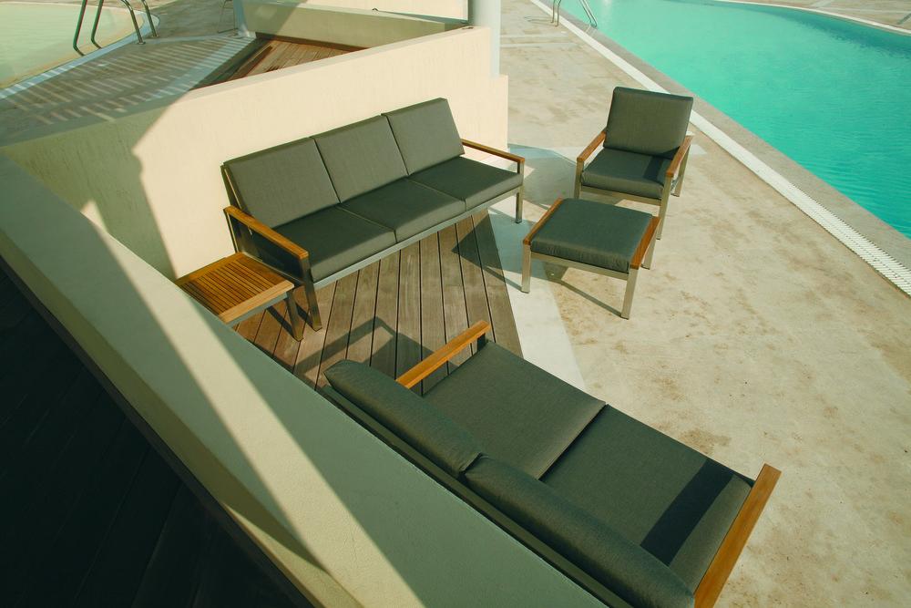 Barlow Tyrie - Equinox Deep Seating Arm Chair Frame