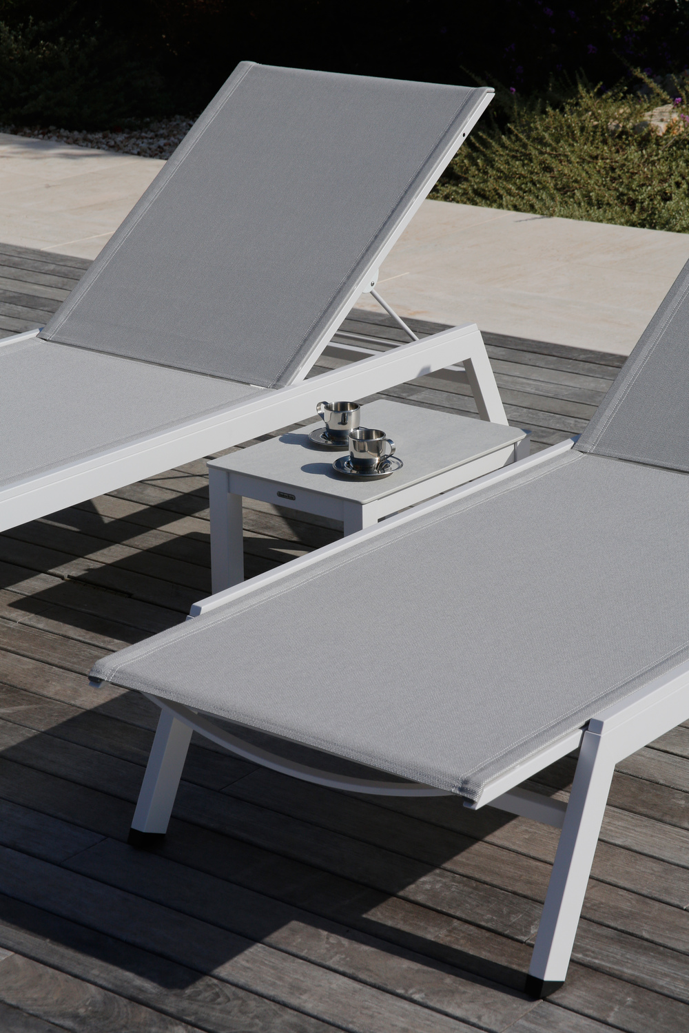Barlow Tyrie - Equinox Painted Sun Lounger