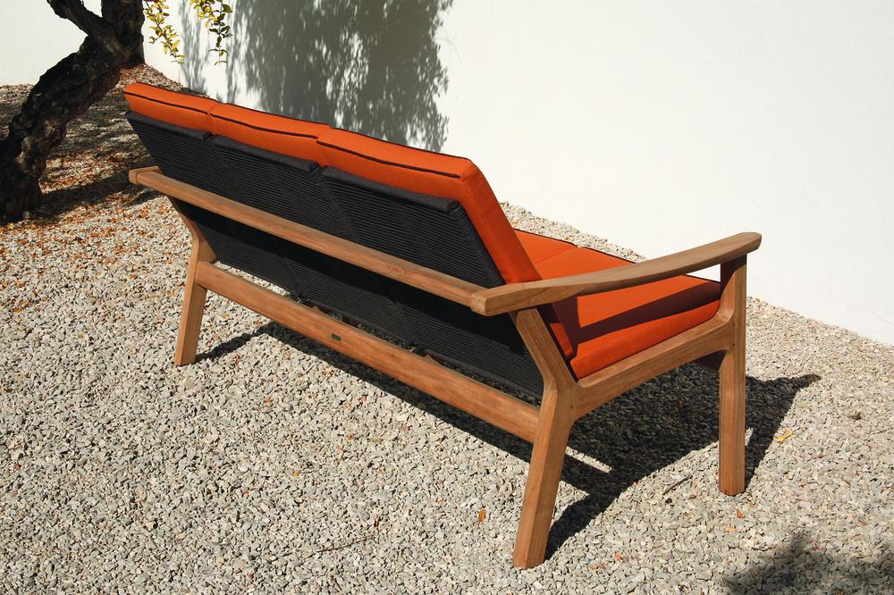 Barlow Tyrie - Monterey Deep Seating Three Seater Sofa