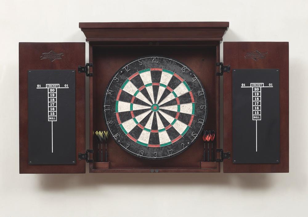 Imperial USA - Hilton Dart Board Set