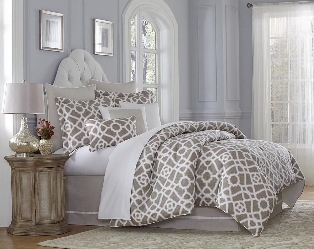 Michael Amini - Harper King Comforter Set, 10 pc