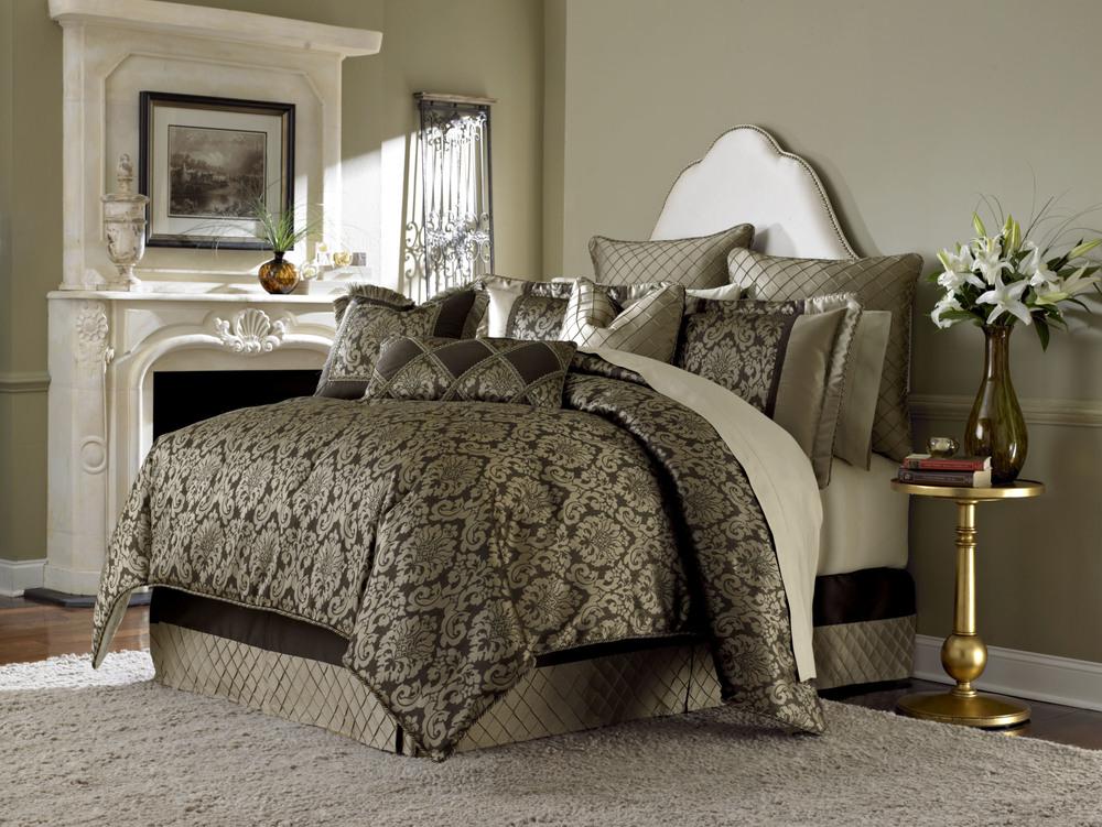 Michael Amini - Imperial King Comforter Set, 10 pc