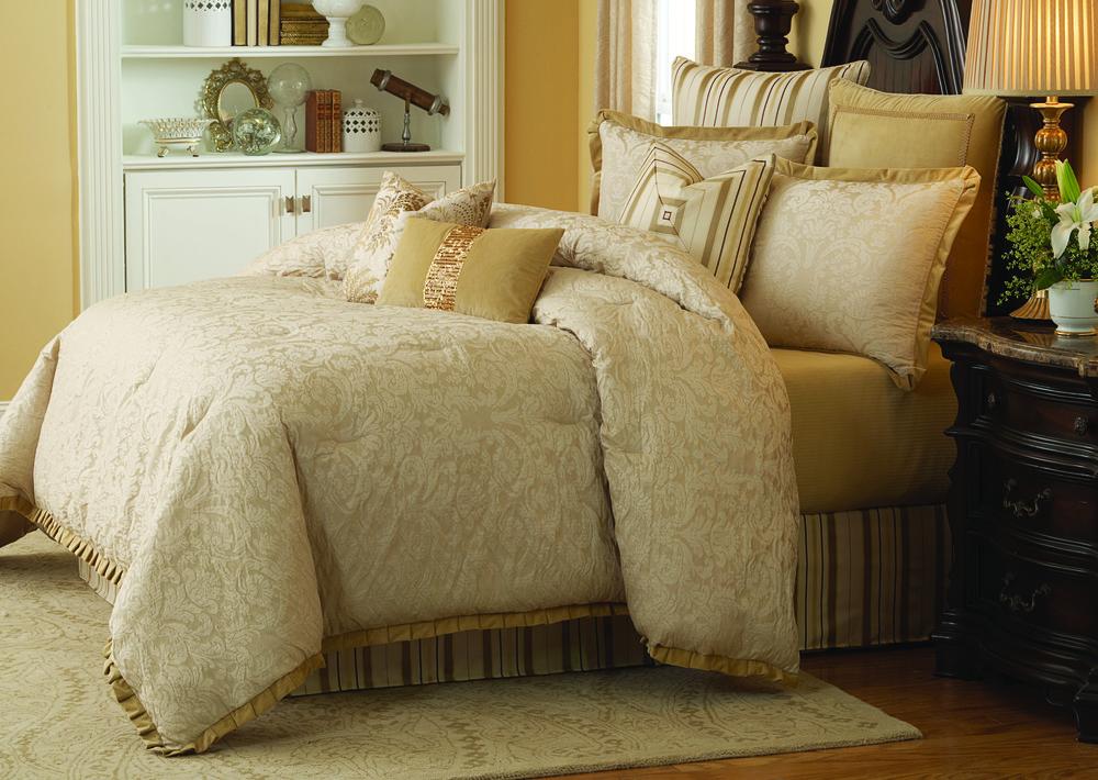 AICO - Carlton King Comforter Set, 9 pc