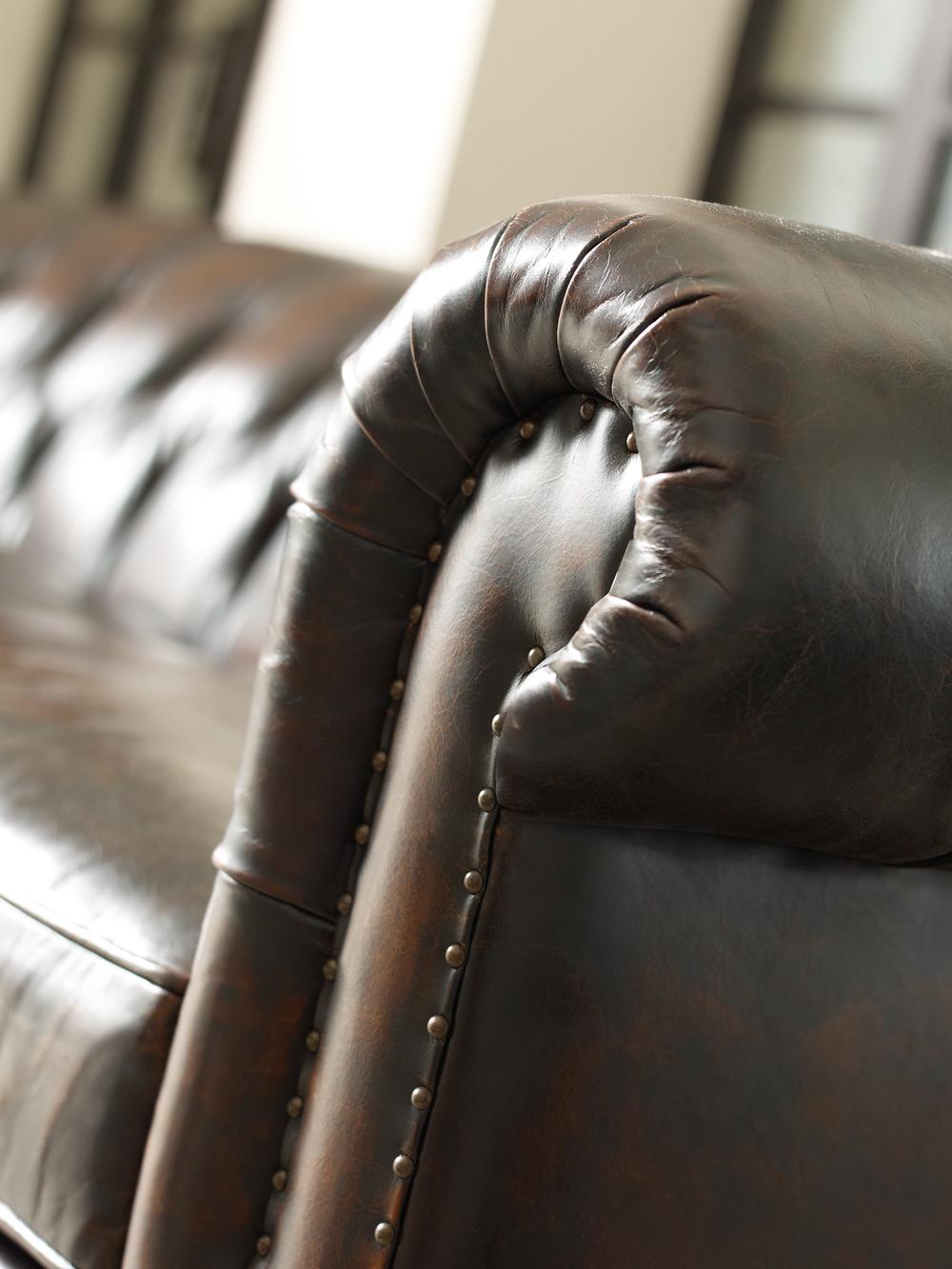 Bernhardt - London Club Sofa
