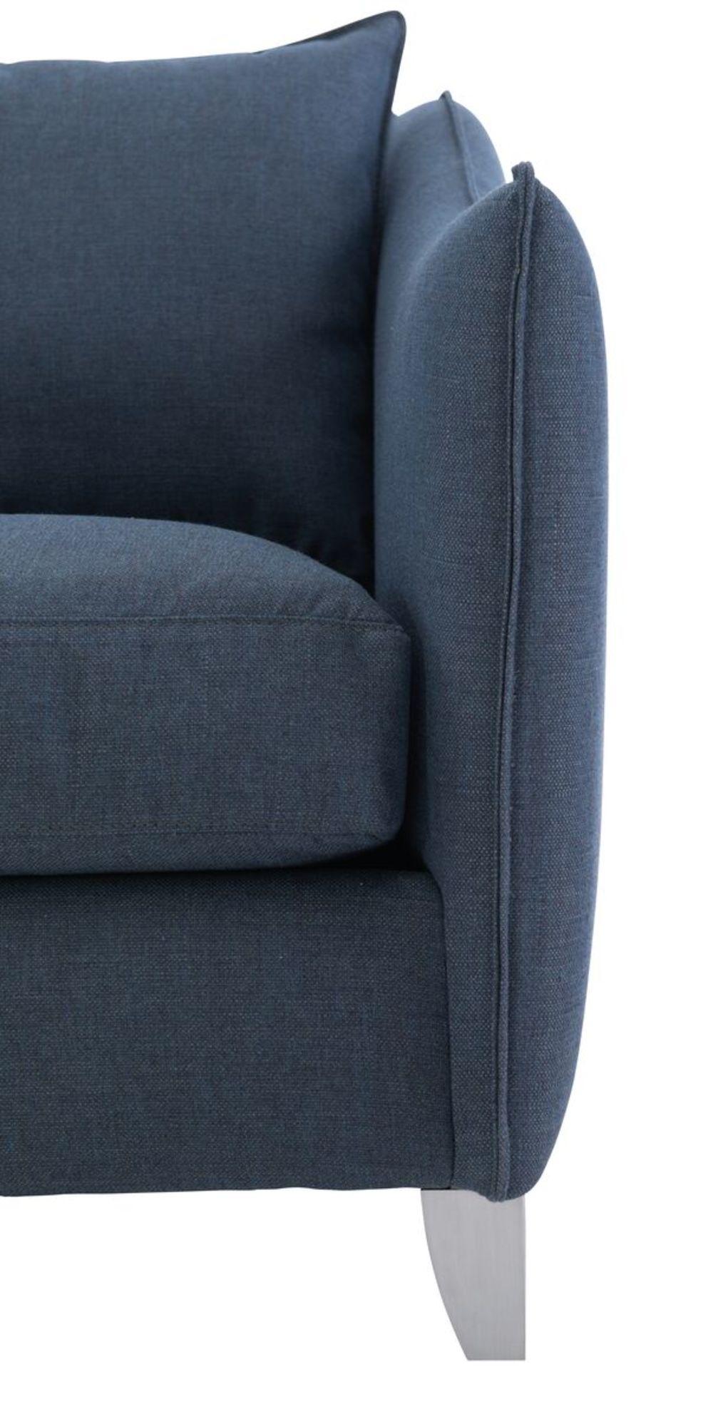 Bernhardt - Monterey Right Arm Loveseat and Chaise