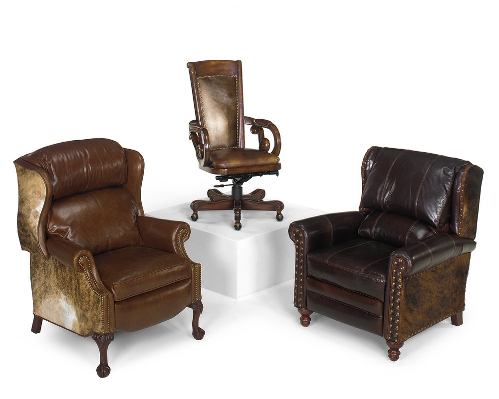 Bradington Young - Maxwell Ball and Claw Reclining Wing Chair