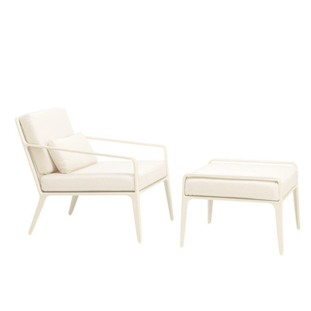 Brown Jordan - Lounge Chair w/ 1 Pillow