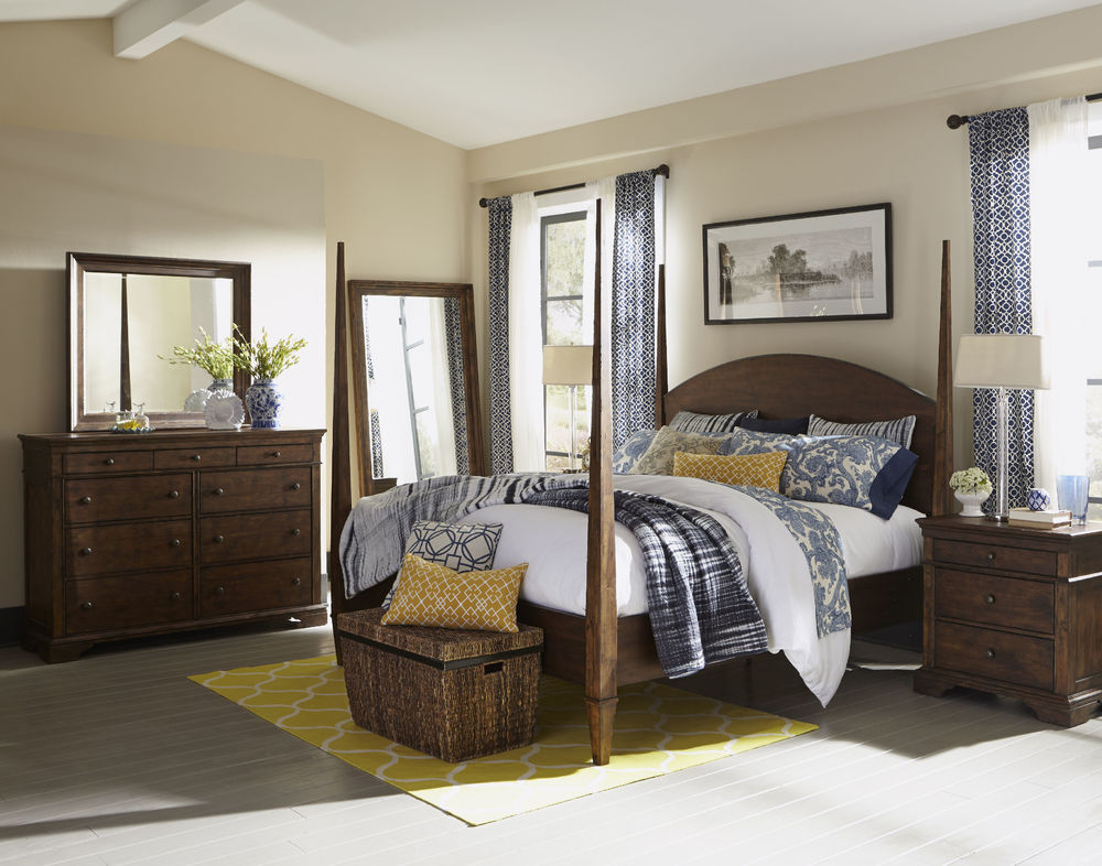 Klaussner Home Furnishings - Poster Bed Complete