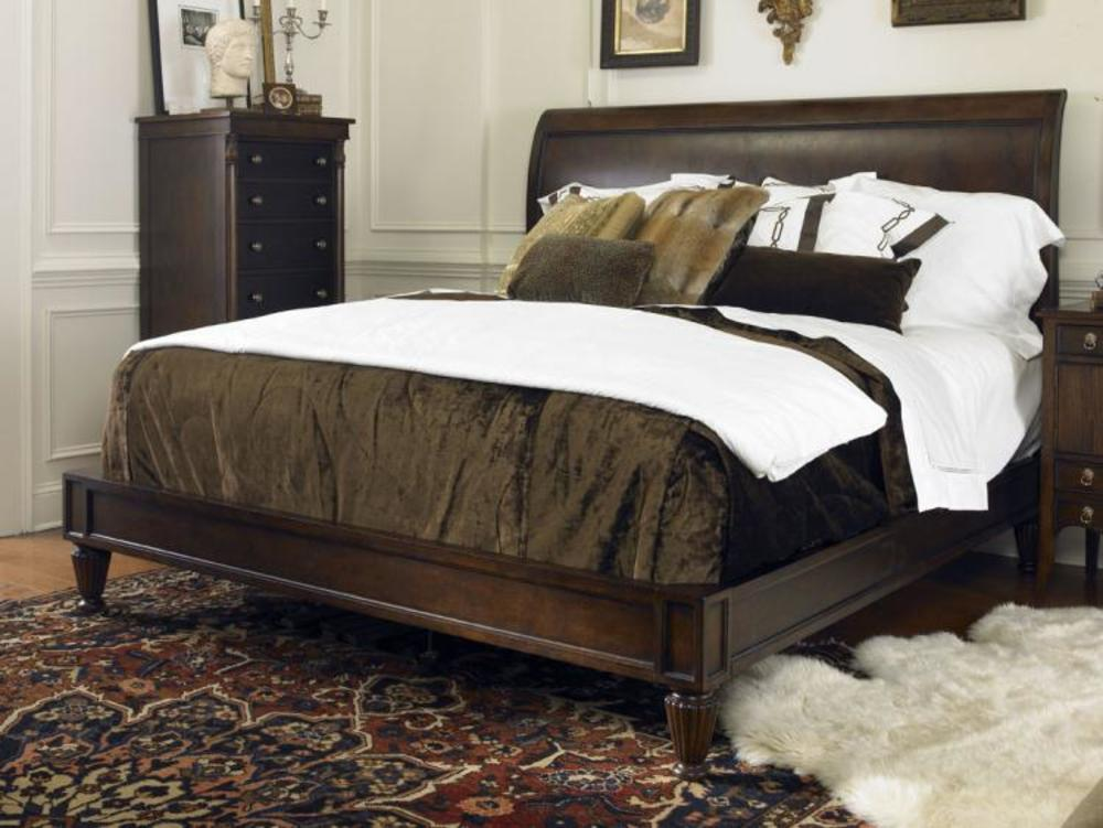 Century Furniture - Chelsea Club Knightsbridge Platform Bed, King
