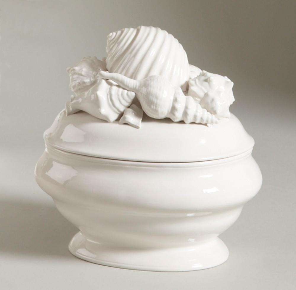 Chelsea House - Shell Ceramic Tureen