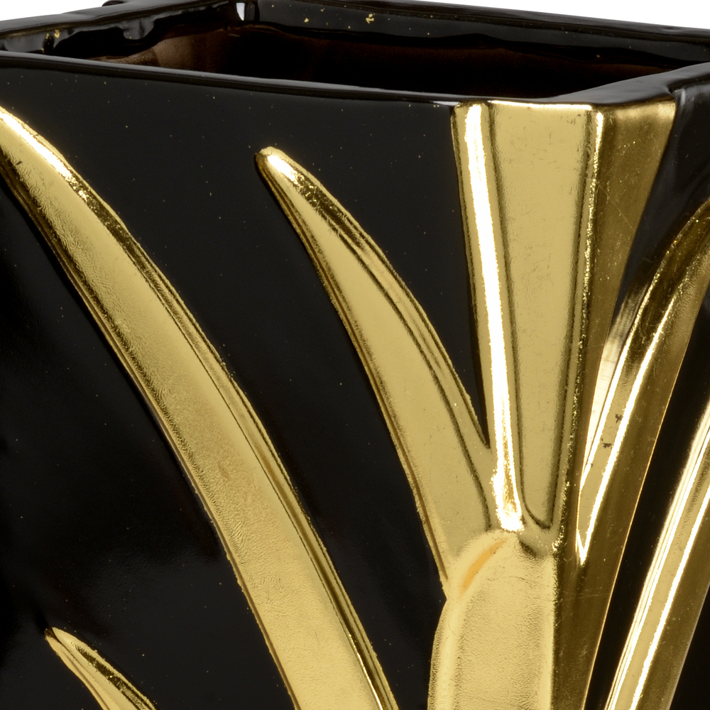 Chelsea House - Leaf Vase in Black