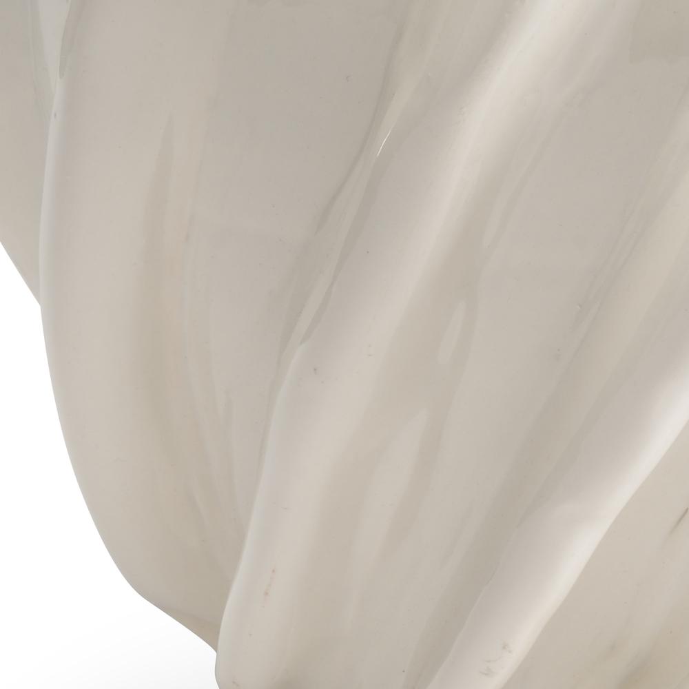 Chelsea House - Churchill Vase in White
