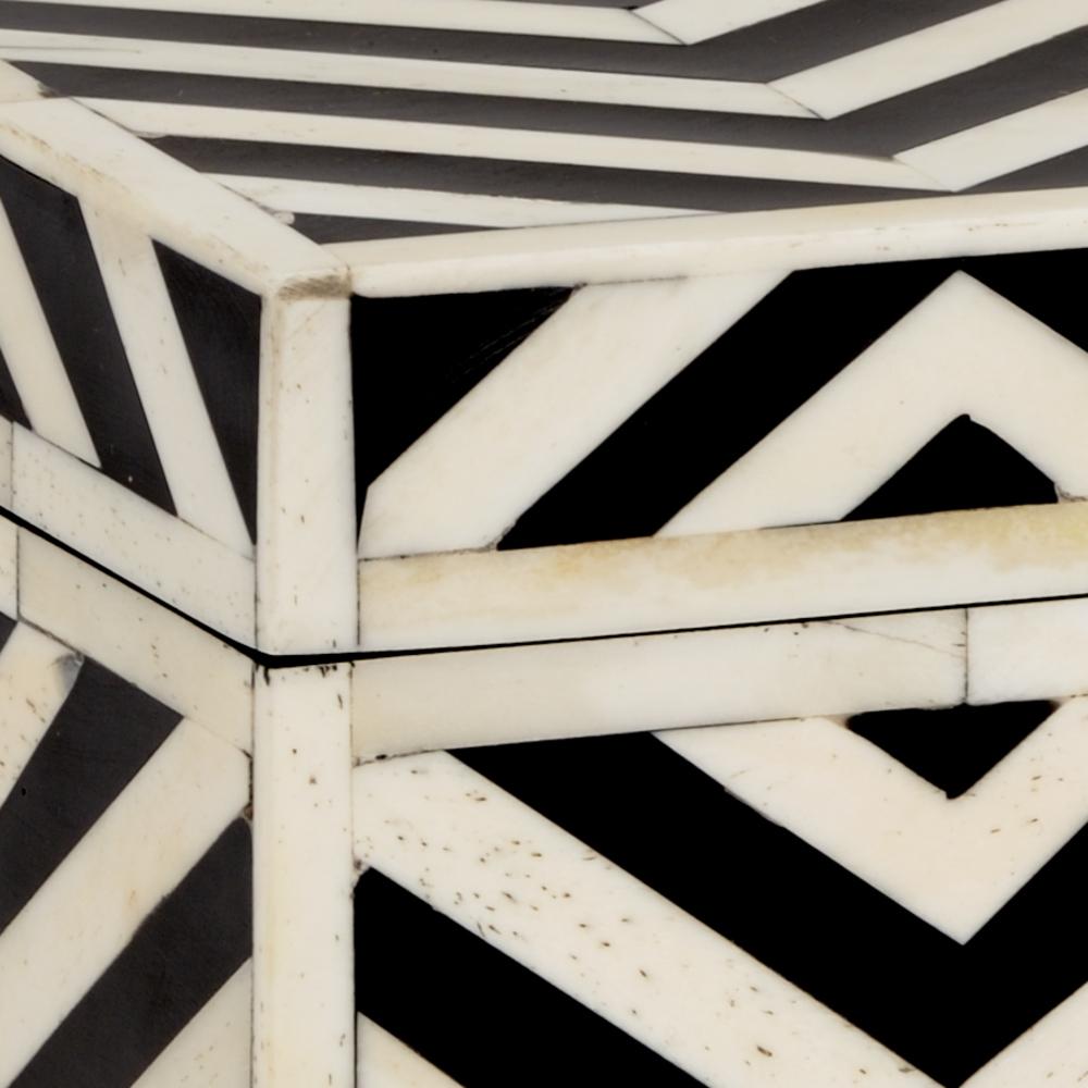 Chelsea House - Peru Box