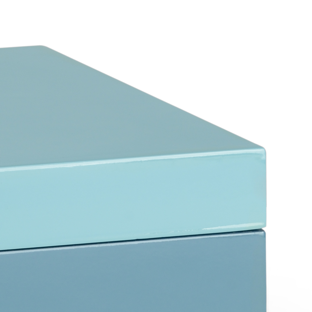 Chelsea House - Blue Box