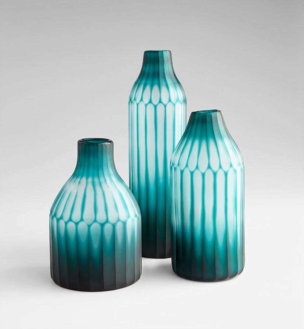 CYAN DESIGN - Small On The Contrary Vase