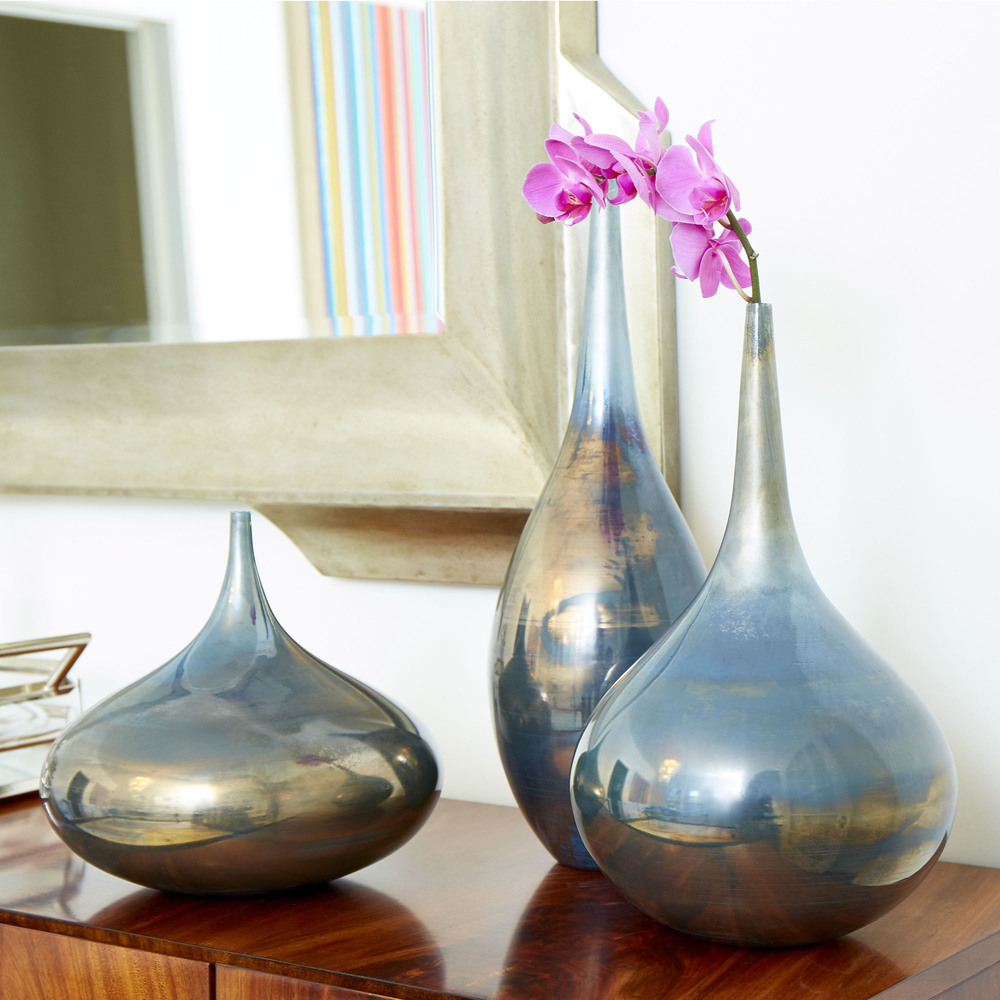 Cyan Designs - Medium Ariel Vase