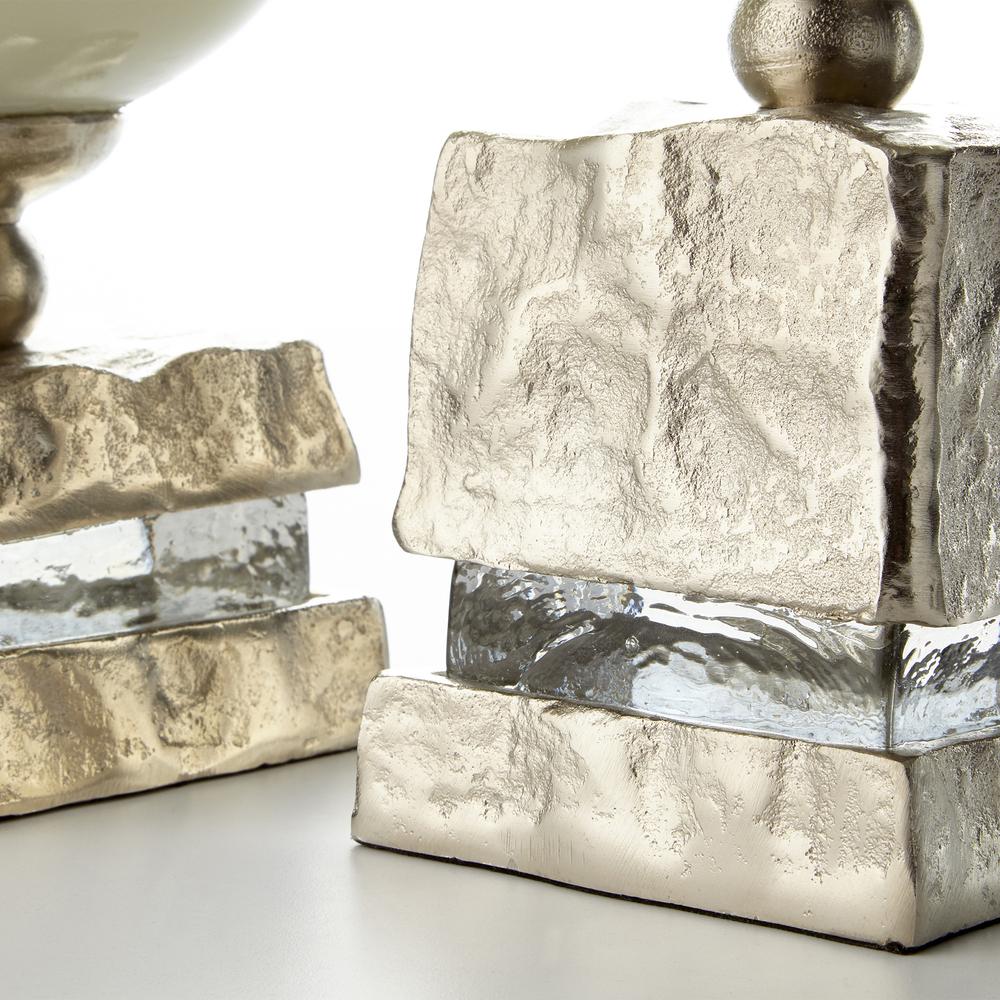Cyan Designs - Large Isadora Vase