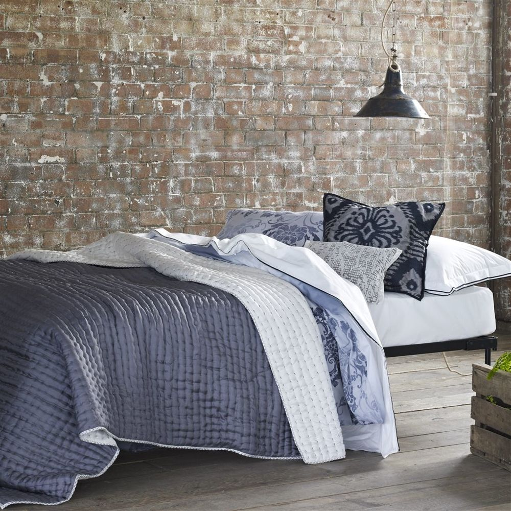 Designers Guild - Chenevard Chalk & Graphite Standard Quilt