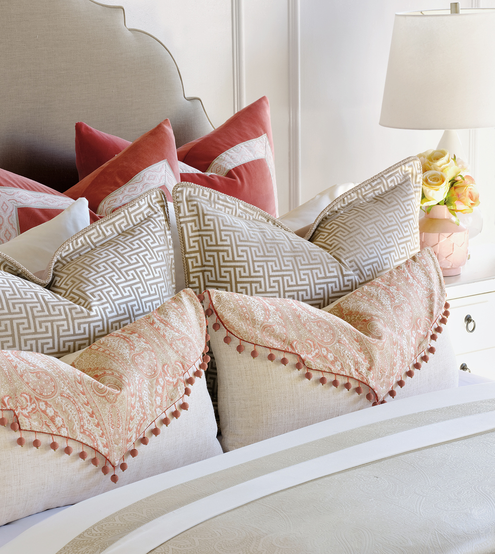 Eastern Accents - Rena Carnation Envelope Pillow