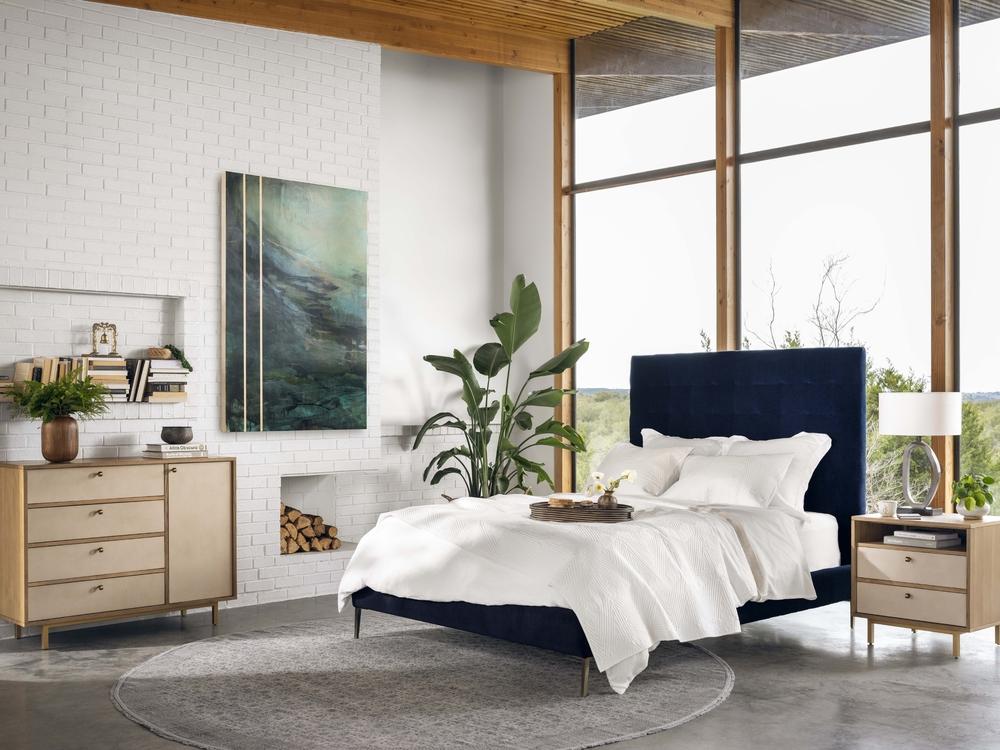 Four Hands - Rennie Tall Queen Bed