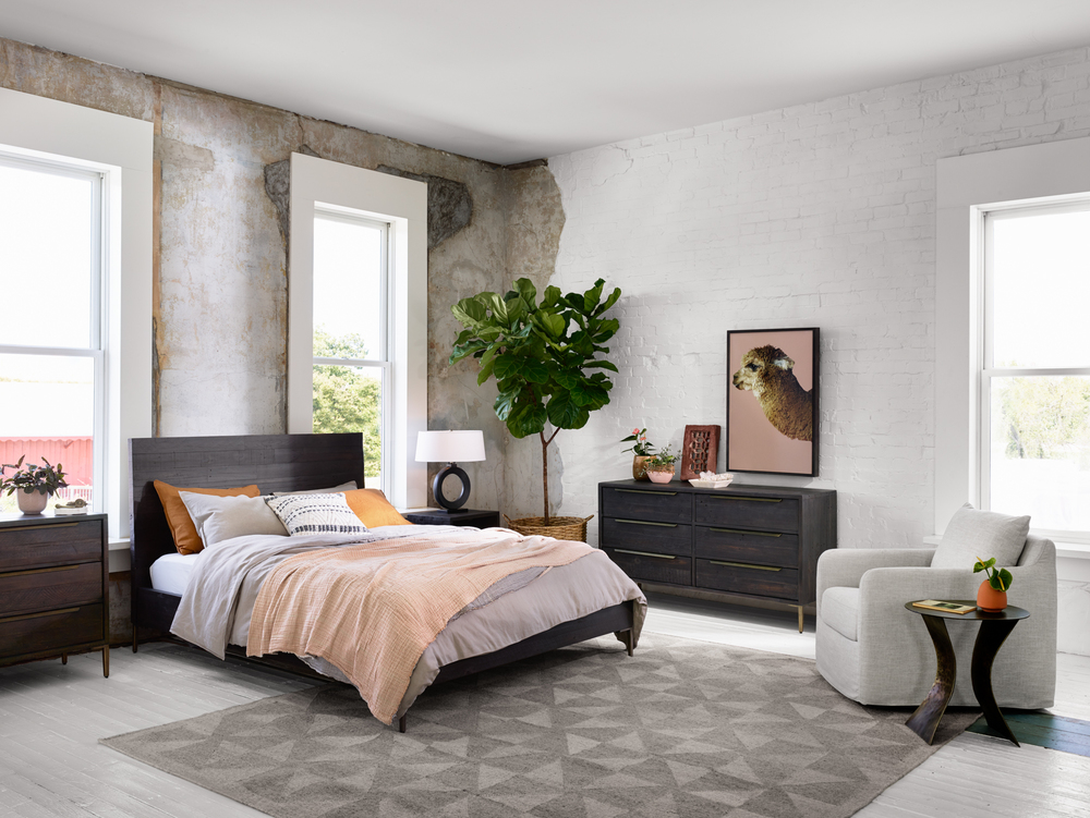 Four Hands - Wyeth Queen Bed