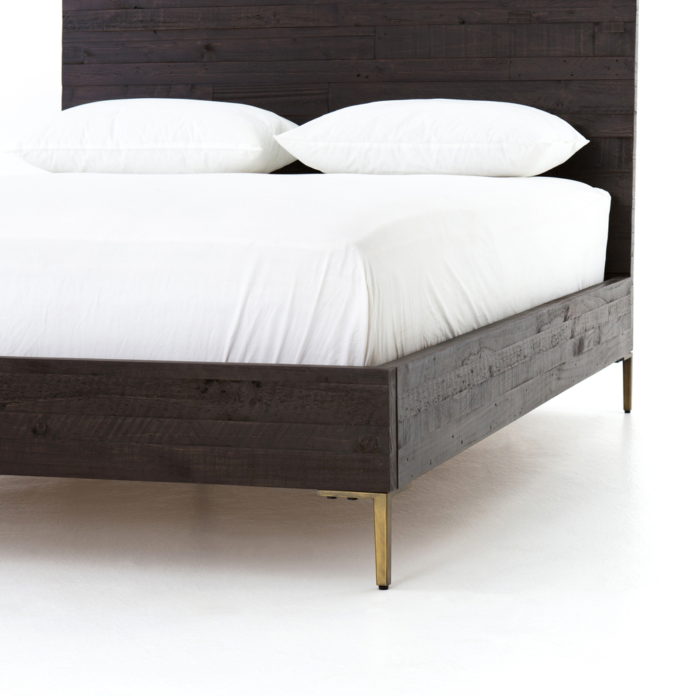Four Hands - Wyeth King Bed