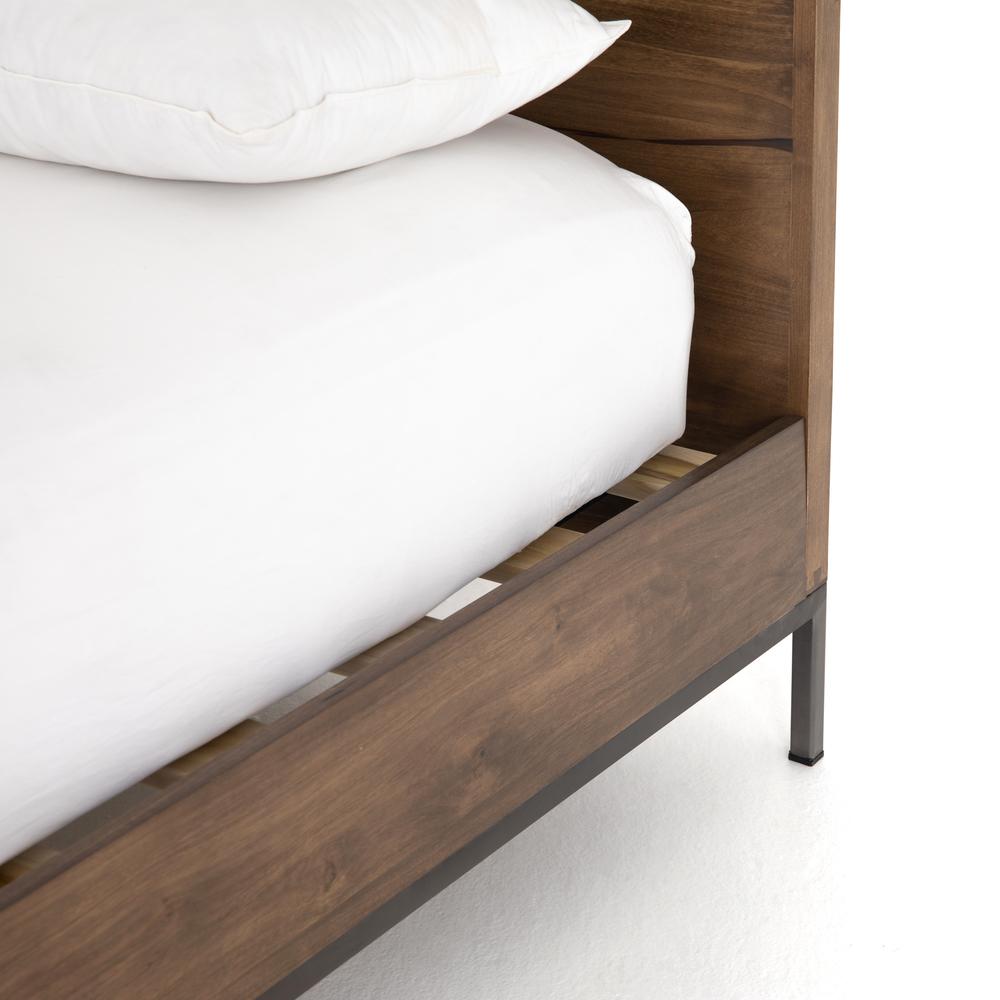 Four Hands - Trey Queen Bed