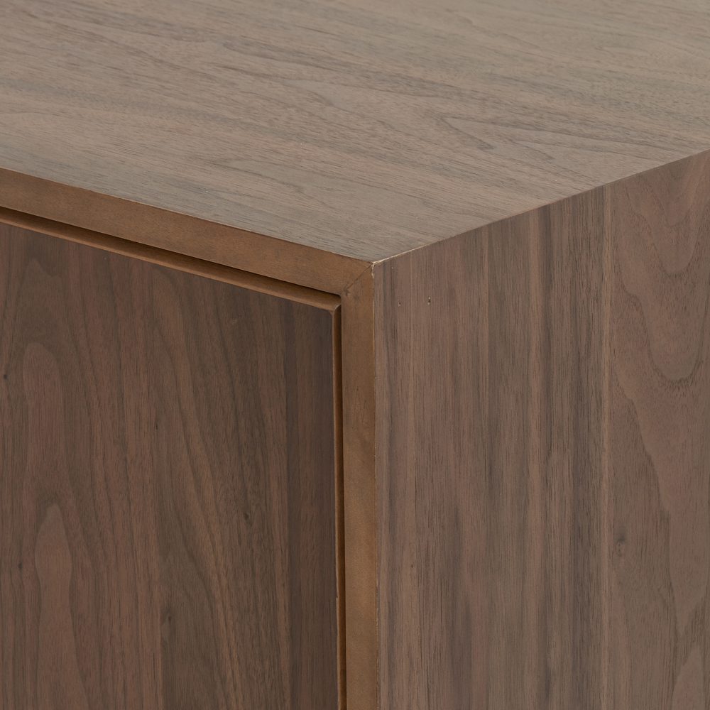 Four Hands - Alturas Sideboard
