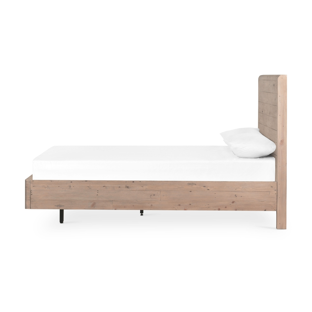 Four Hands - Gyro Queen Bed