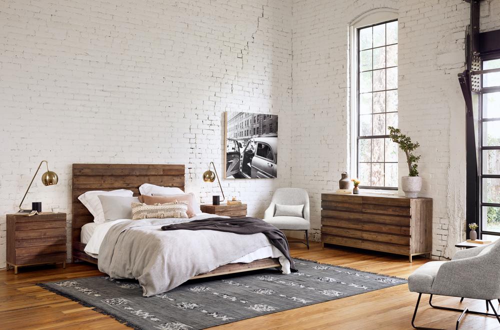Four Hands - Tiller Bed