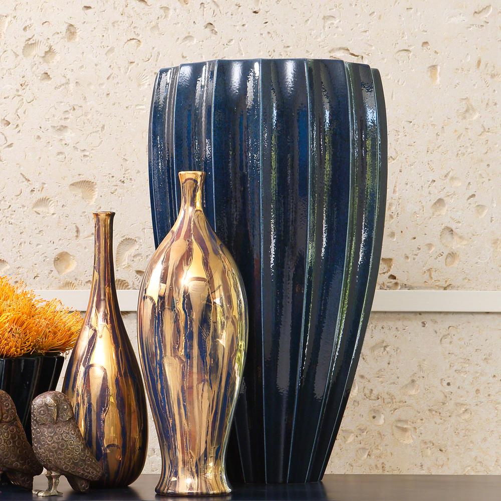 Global Views - Fluted Vase, Ink