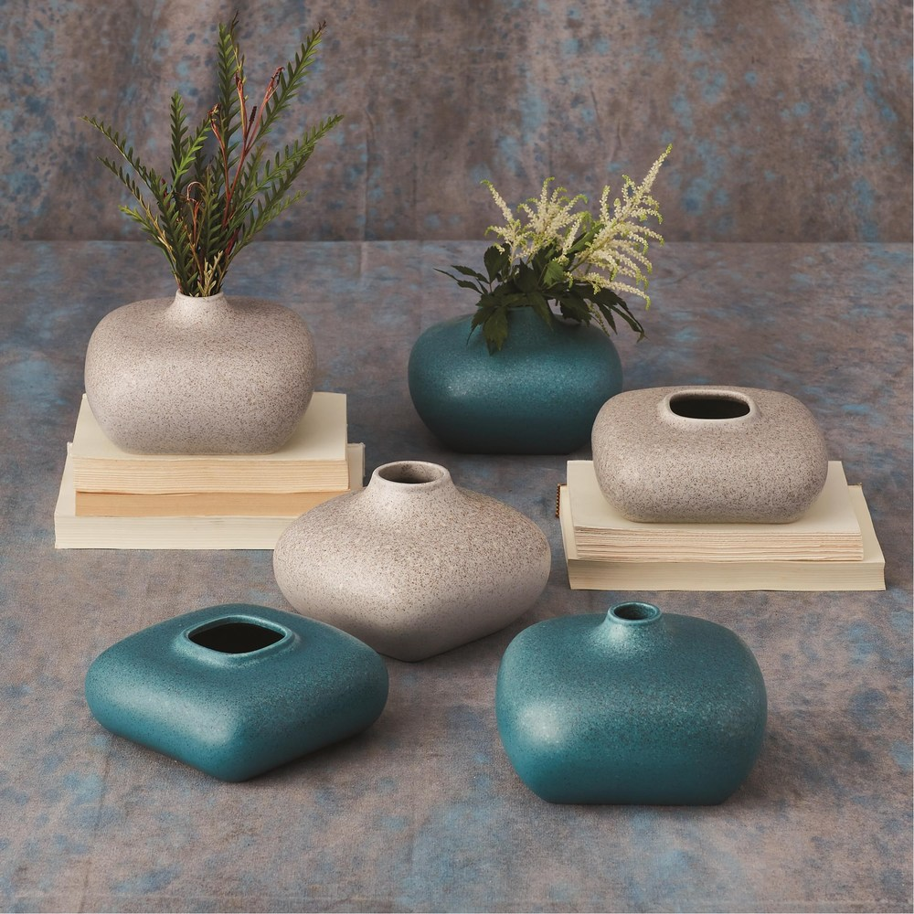 Global Views - Modernist Vase, Short